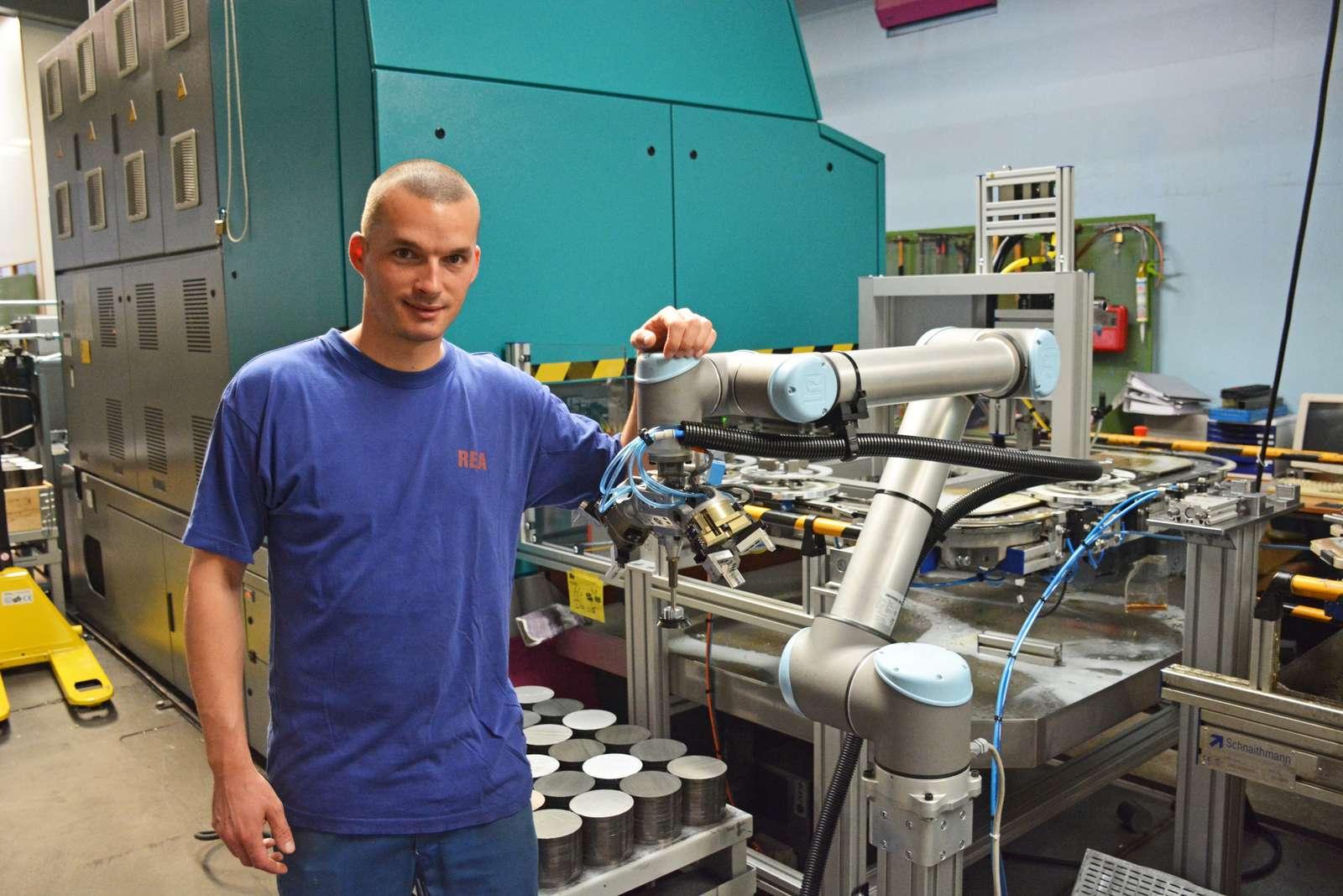 Cobot leas - personálny lízing robotov