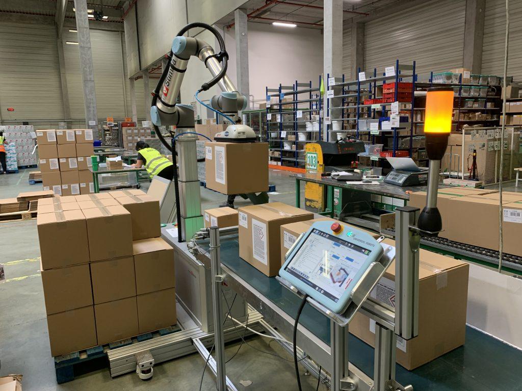 Paletizačný robot PALco - široký sortiment a rýchle prestavenie