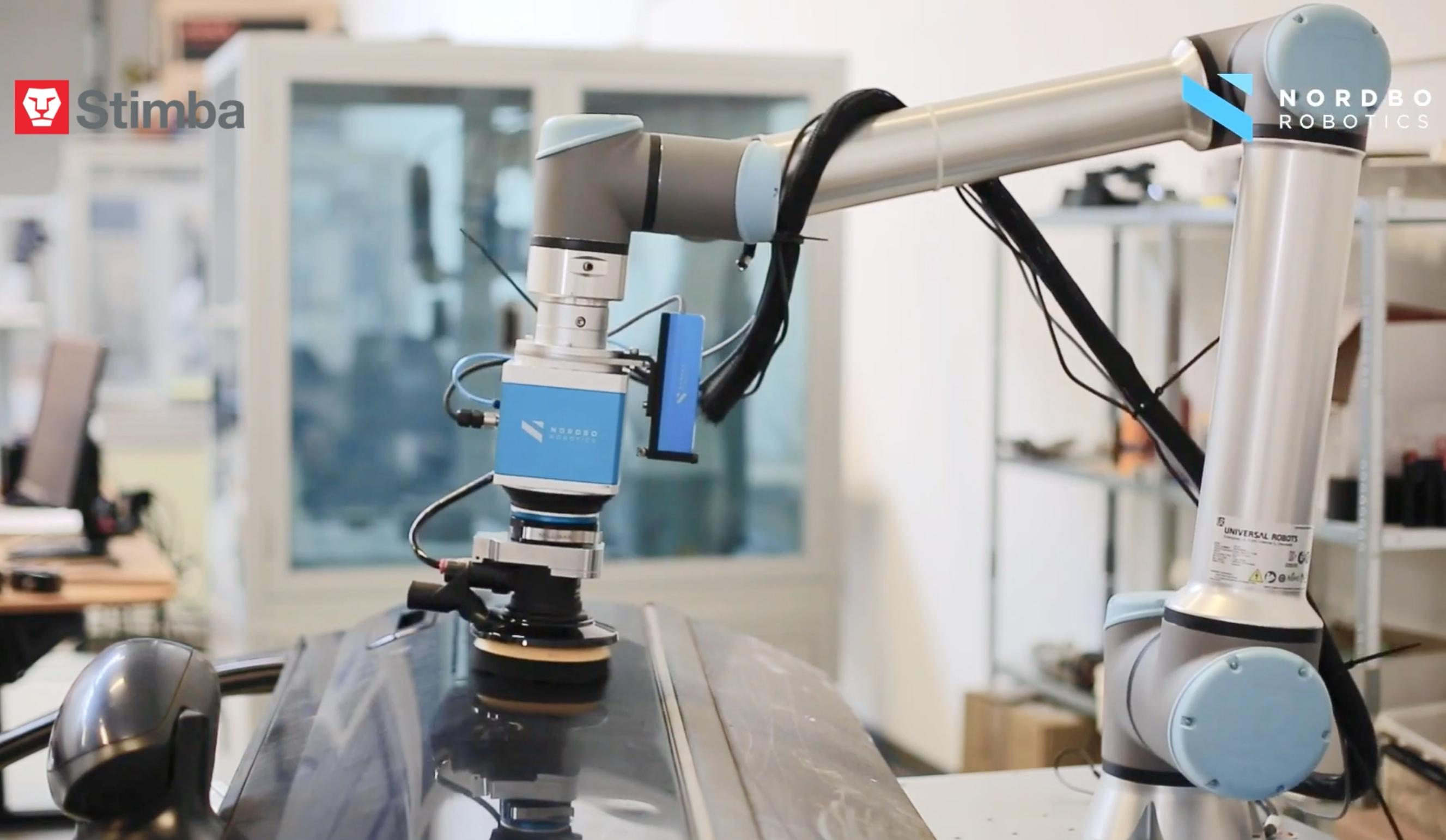 Leštenie a brúsenie kolaboratívnym robotom s 3D kamerou a umelou inteligenciou